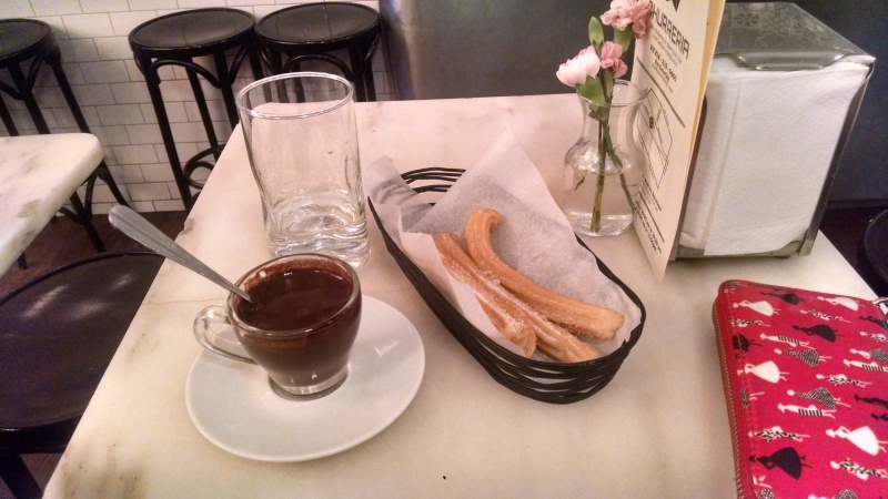 Walking can work up an appetite, so when I saw this Spanish-styled churros con chocolate shop, I went with my gut and tried it out.