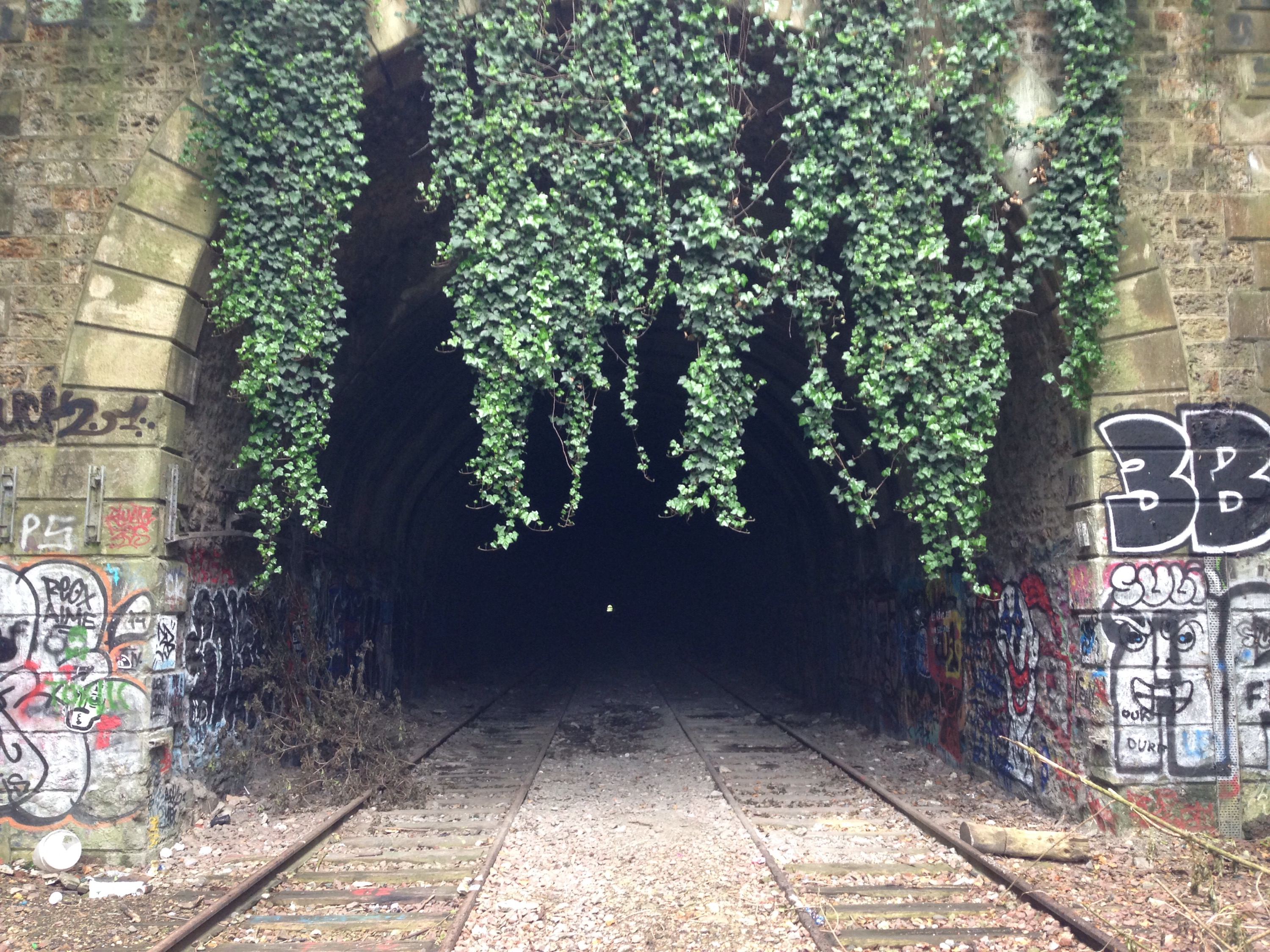 How to explore Paris beautiful abandoned railway – Tripping Over
