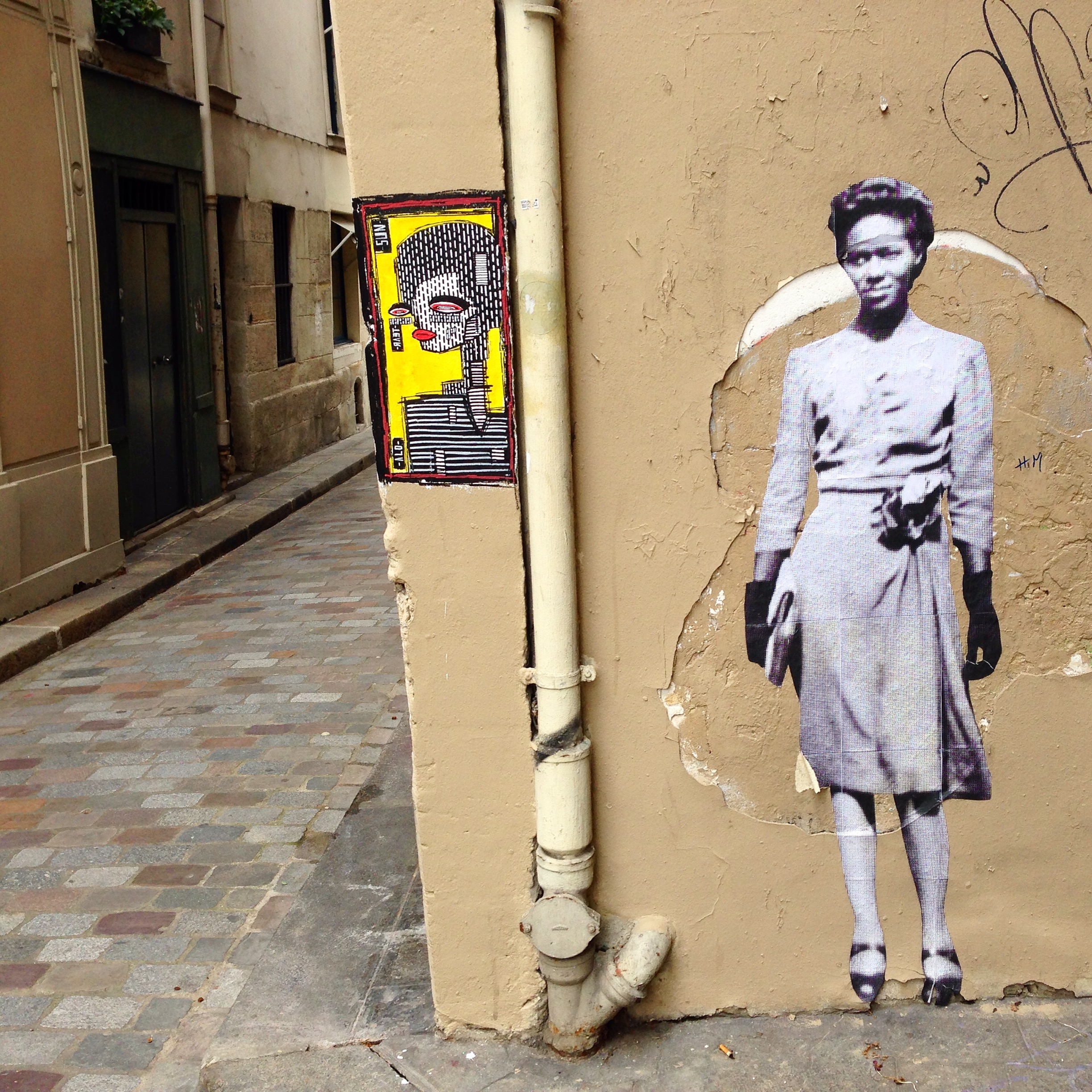 8 incredible pieces of street art in Paris – Tripping Over The World