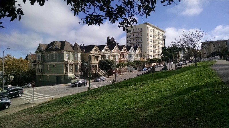 San Francisco's most famous row of Painted Ladies.